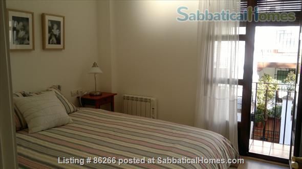 ALBAICIN HOUSE WITH PARKING. WIFI. BEAUTIFUL VIEWS ALHAMBRA Home Rental in Granada, AN, Spain 3